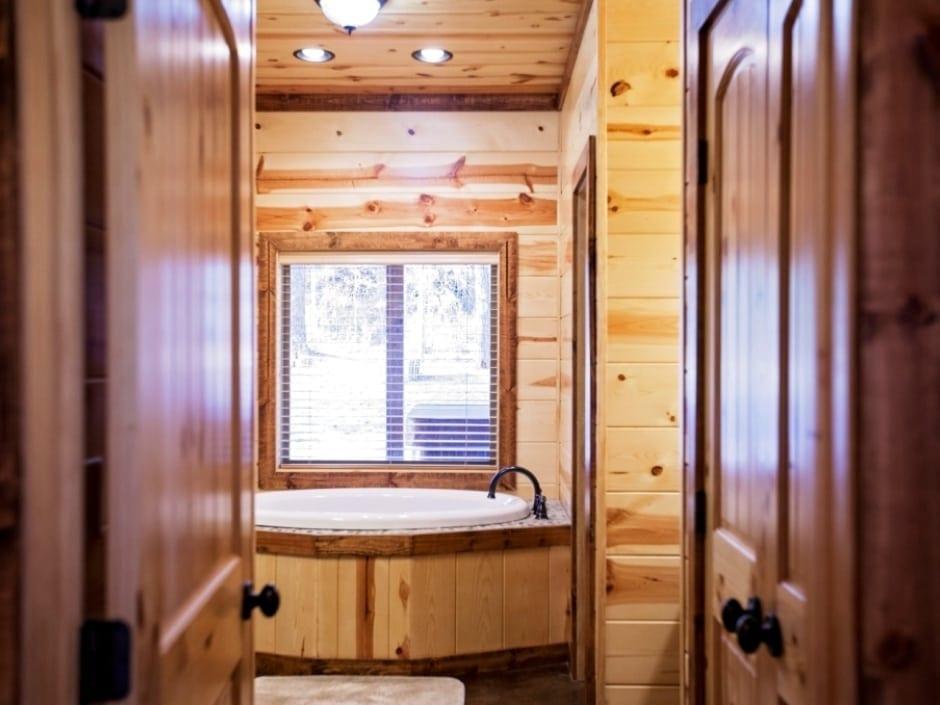 LB_bathroom_A1_940