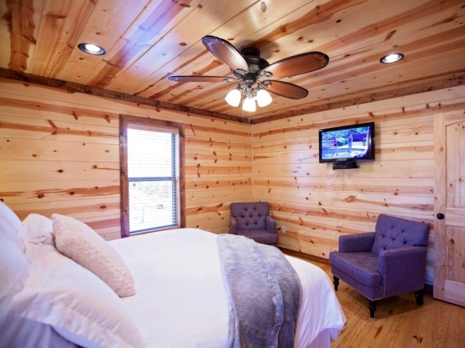 LB_bedroom_D2_940