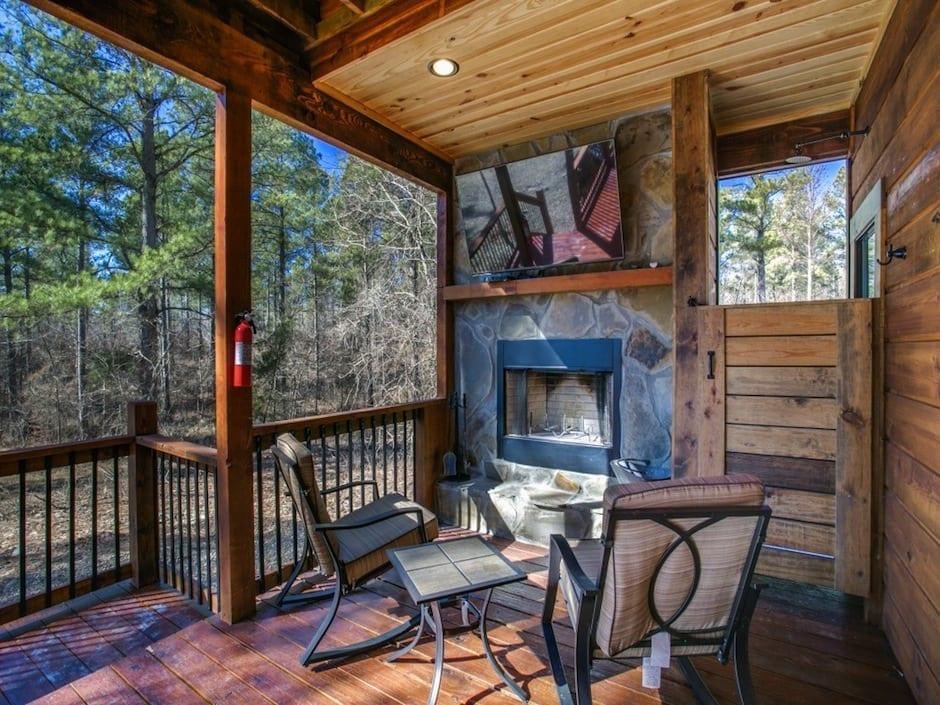 A-little-knotty-outdoor fireplace_shower