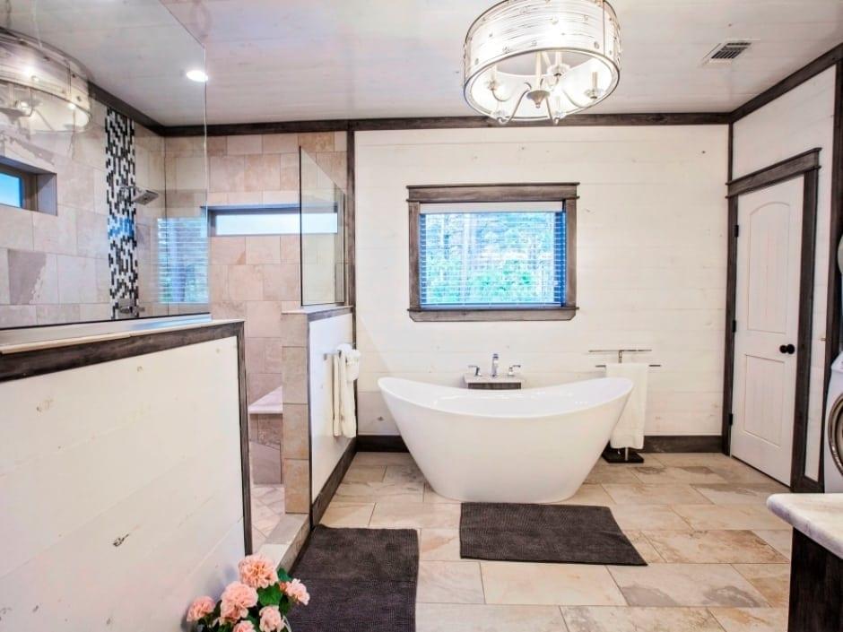 MC_bathroom1_940