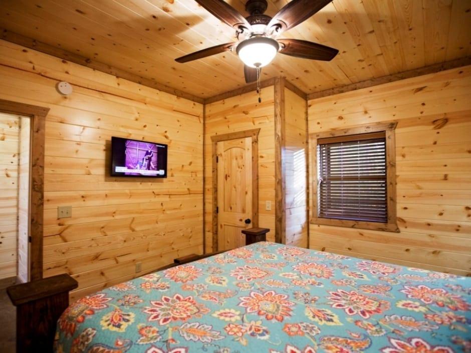 PP_bedroom_B2_940