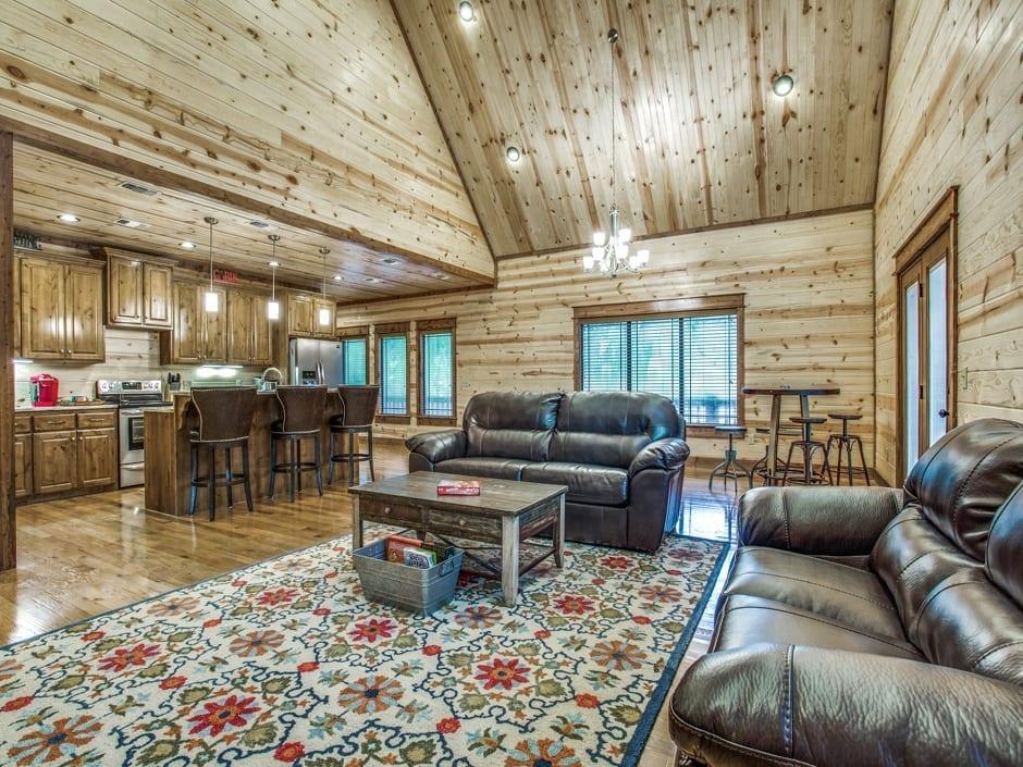 SBL-livingroom1-940