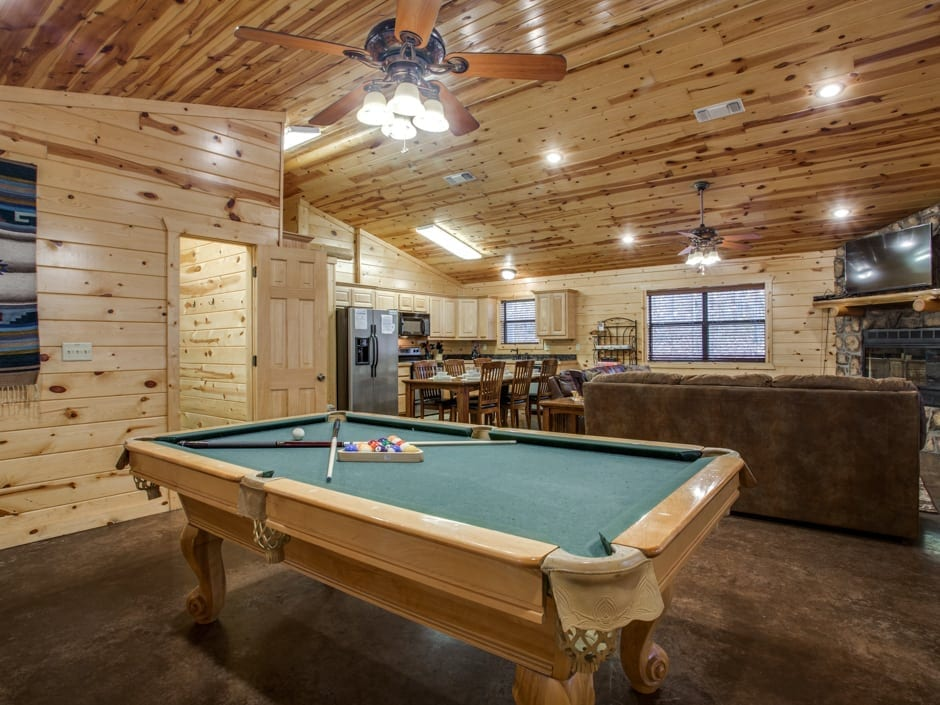 Whispering_Pines_pooltable-0006