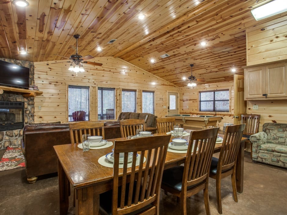 Whispering_Pines_dining-0009