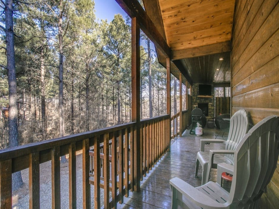 woodland-escape-backdeck