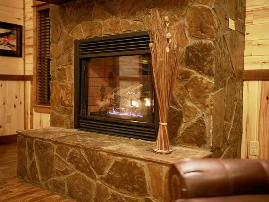 meadowbrook_fireplace_940