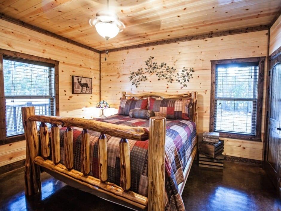 5OC Bedroom Dwnstairs left_940